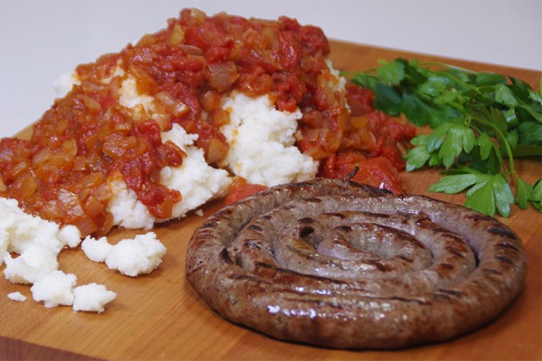 MIELIE PAP & GRAVY WITH BOEREWORS