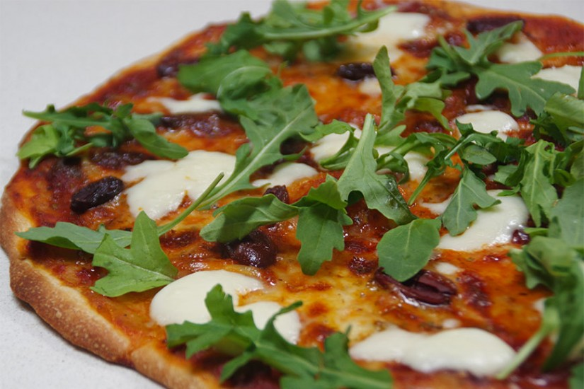 BUFFALO-MOZZARELLA-ARUGULA-&-OLIVE-PIZZA