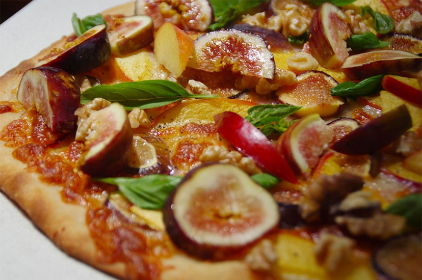 FIG-NECTARINE-&-WALNUT-PIZZA
