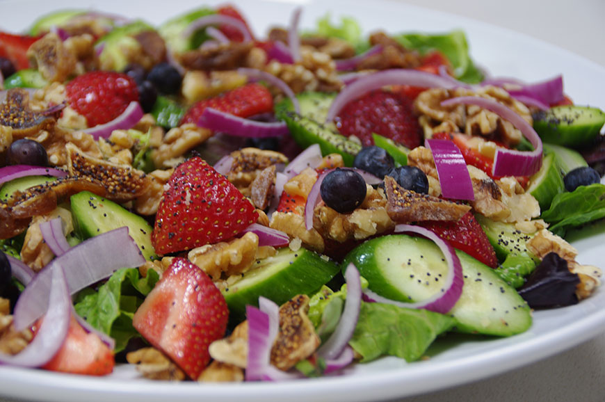 MIXED-BERRY-&-WALNUT-SALAD
